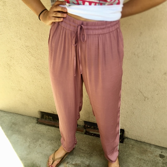 modern techniques elegant and graceful details for American Eagle Outfitters Flowy Satin Joggers